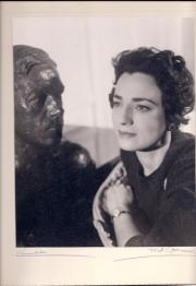 Jill Balcon with bust of Cecil Day-Lewis